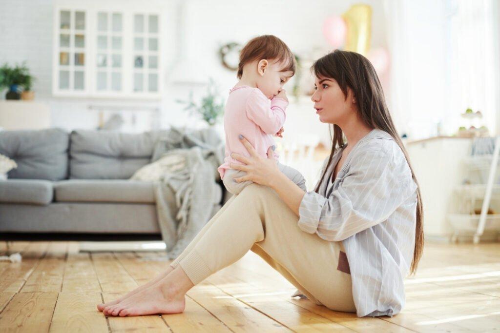 Magic Dent - Sisanje palca kod dece može narušitiraspored mlećnih, ali i stalnih zuba